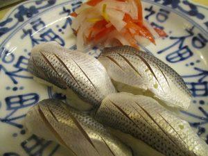 コハダの寿司を握って~