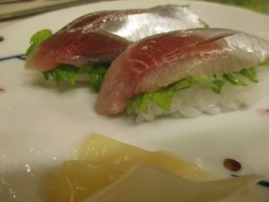 アジとイワシの寿司を~