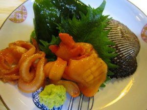 冬は赤貝が美味しい季節です。