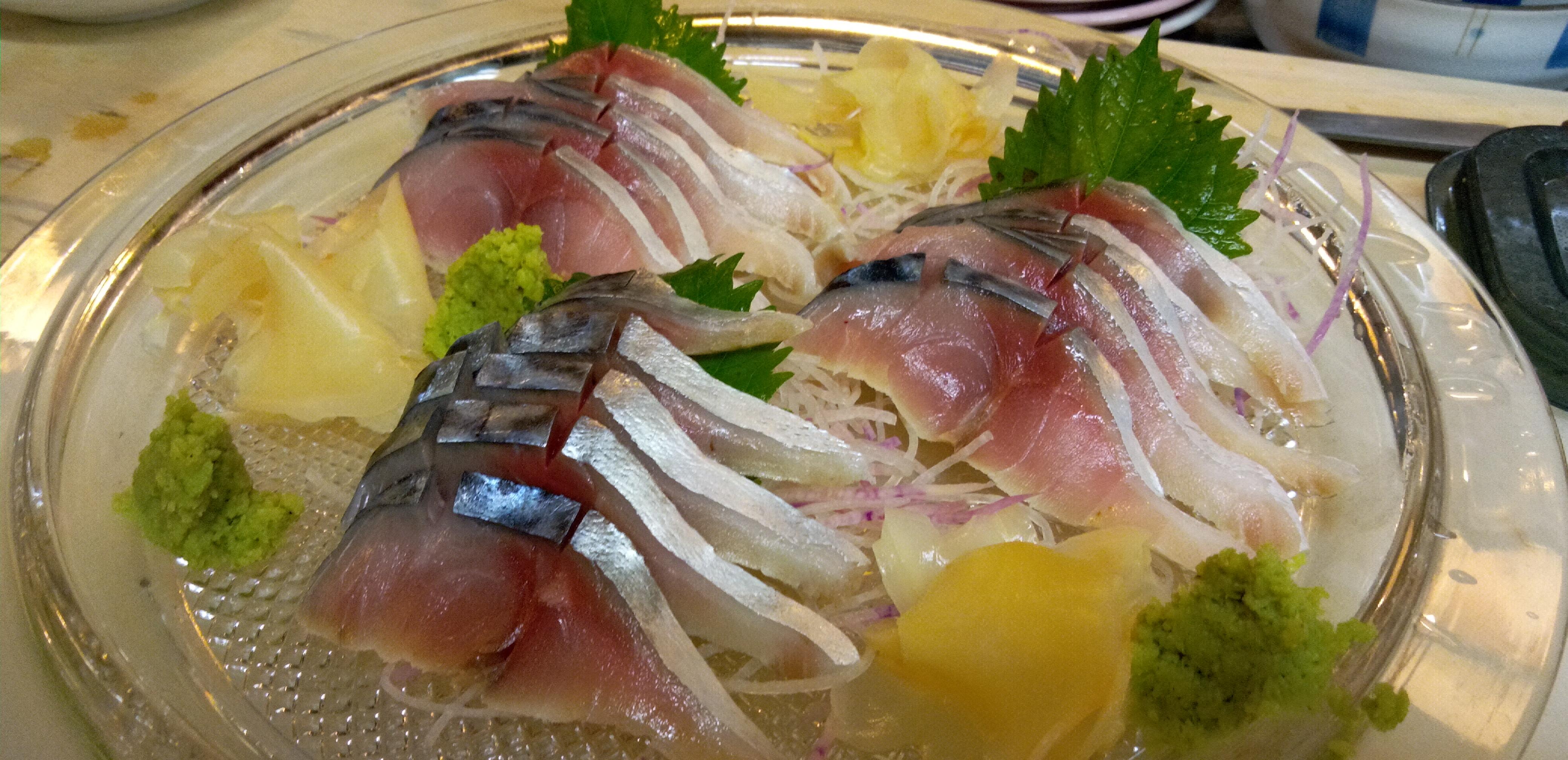 日本酒の肴は塩辛、いくら、カラスミ、塩ウニ~